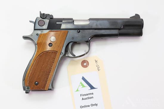 Smith & Wesson 52-2 Semi-Automatic Pistol.