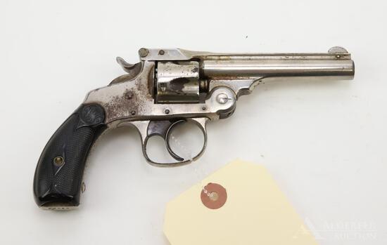 Smith & Wesson 32DA 4th Model double action revolver.