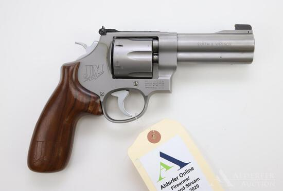 Smith & Wesson 625-8 JM (Jerry Miculek speed shooter edition) double action revolver