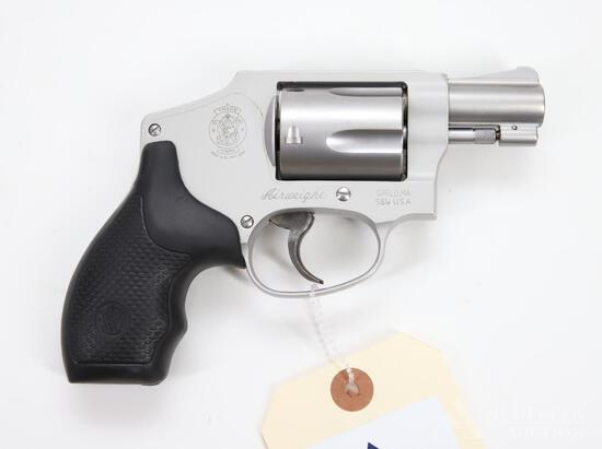 Smith & Wesson 642-2 Airweight Double Action Revolver