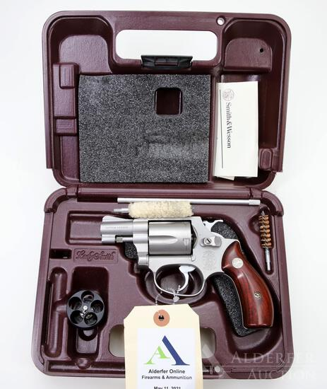 Smith and Wesson 60-3 Lady Smith Double Action Revolver