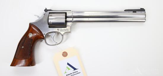Smith And Wesson Model 686 Double Action Revolver