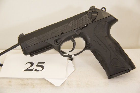 Beretta, Model PX4,  Semi Auto Pistol, 40 cal,
