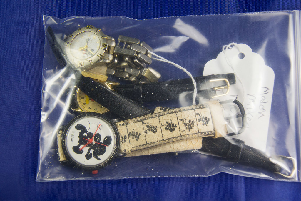 LOT OF 4 - MODERN MICKEY MOUSE WRIST WATCHES