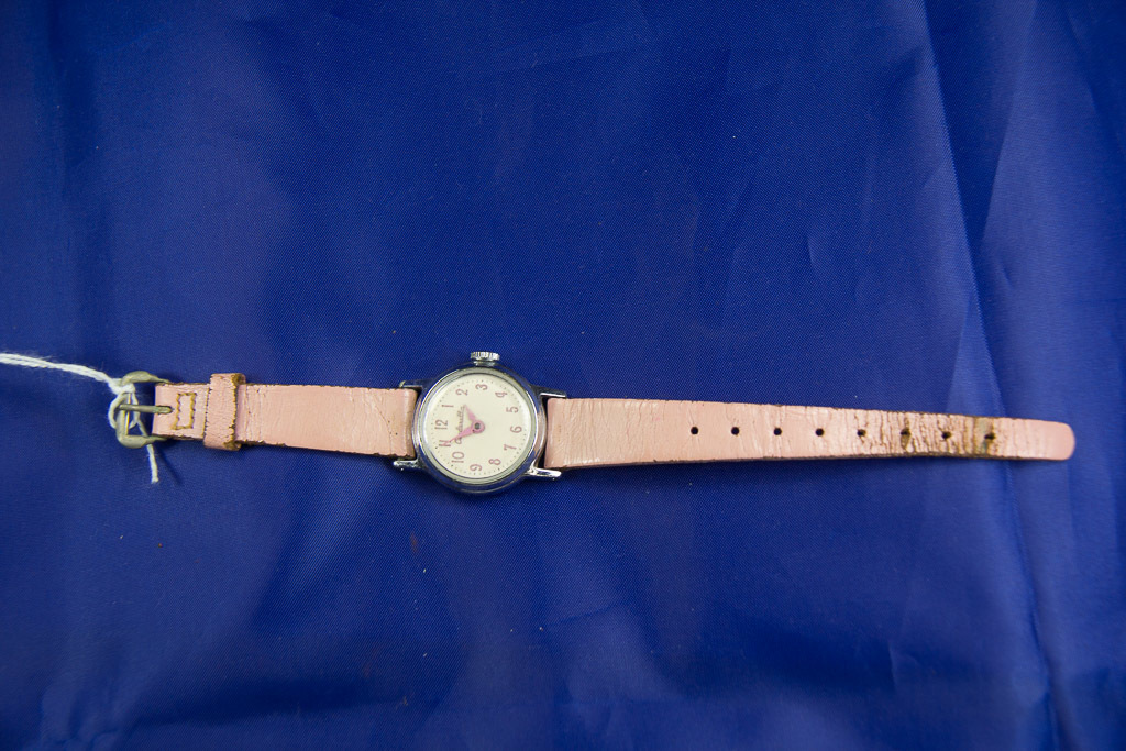 "U.S. TIME "" CINDERELLA"" OFFICIAL DISNEY WRIST WATCH - RUNS - 1957"
