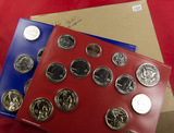 2016 - P&D MINT SET WITH 8 PRESIDENTIAL DOLLARS
