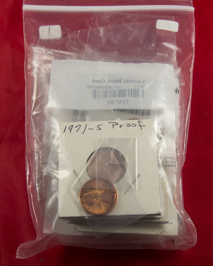 30 - PROOF AND UNC LINCOLN MEMORIAL CENTS