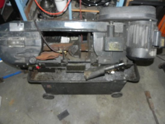 """Foremost machinery 7"""" metal band saw"""