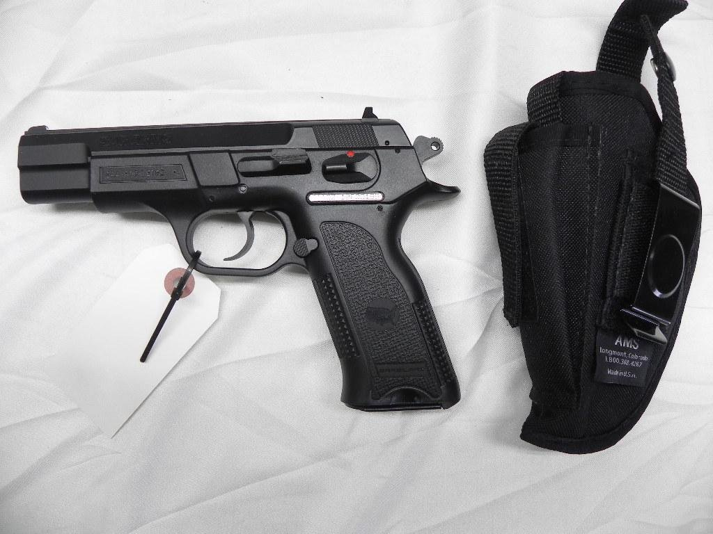 Lot: SAR Arms 9 mm pistol SARB6P with holster | Proxibid