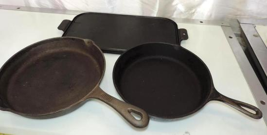 "17"" cast iron griddle, #8 SK USA made frying pan and 11.5"" Benjamin Medwing cast iron skillet."