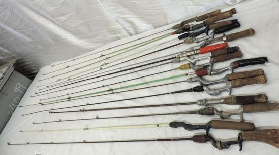 Sixteen 1 piece fishing rods assortment.