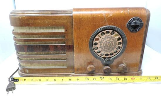 Wards airline tube radio model 62-306 (untested).