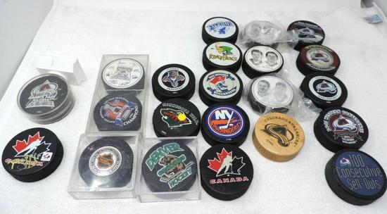 Colorado Avalanch autographs and collectilbes lot.