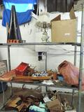 Large lot of vintage collectibles.