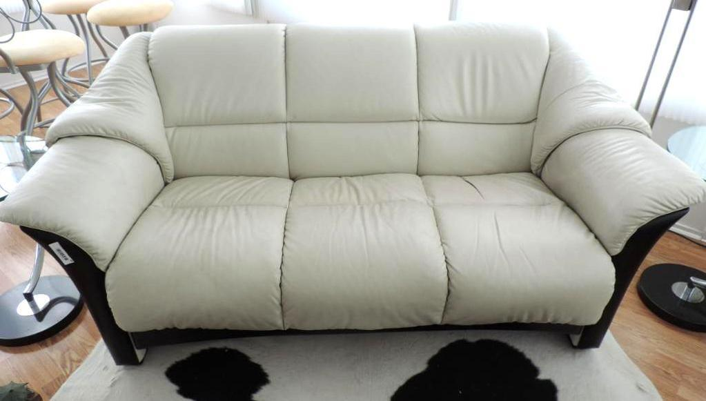 Admirable Lot Ekornes Stressless White Leather Couch Proxibid Auctions Pdpeps Interior Chair Design Pdpepsorg