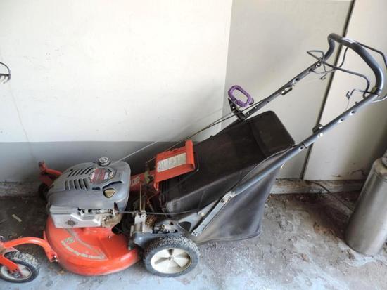 Scotts 3 n 1 mulching lawn mower.