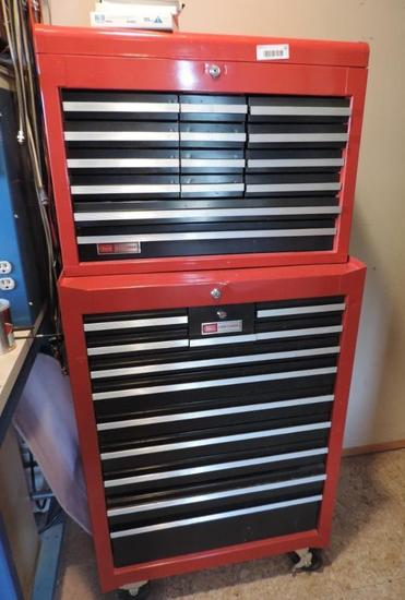 Nice Craftsman 2 piece tool box.