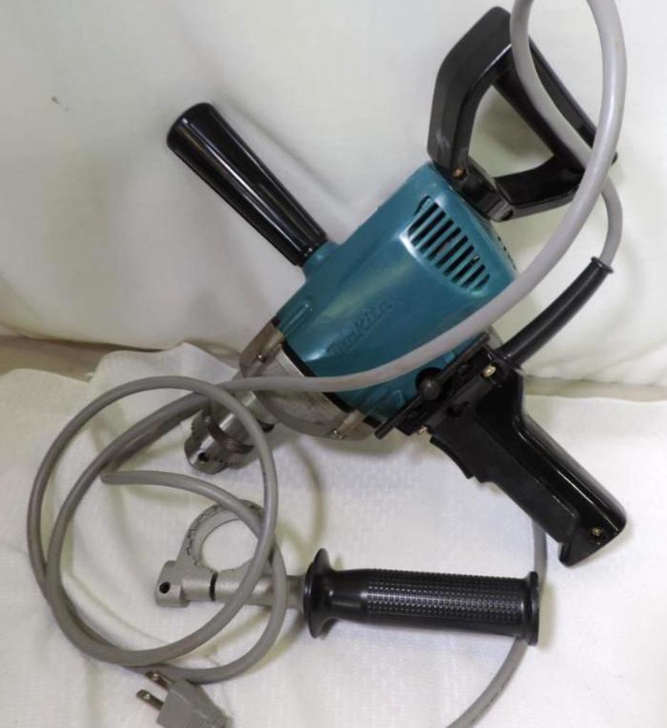 Makita 13mm drill, model 6013B-R.