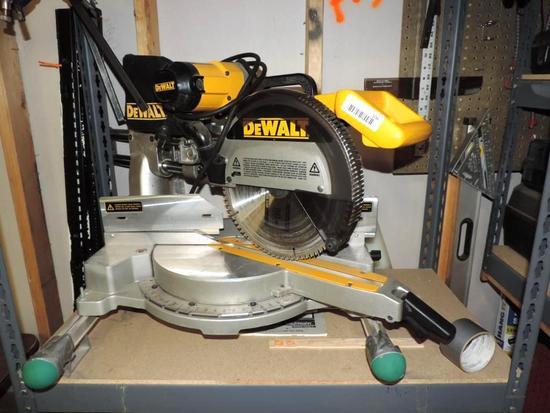 """DeWalt DW708 12"""" compound sliding miter saw."""