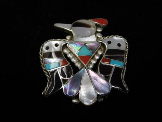 Artist signed Zuni pin or pendant