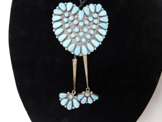 Excellent Turquoise and silver heart shaped bolo tie