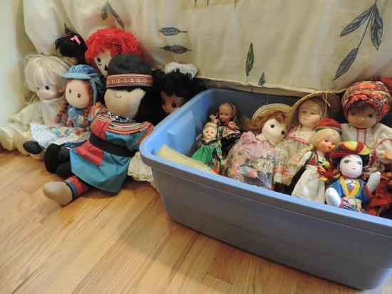 World Wide Doll Collection
