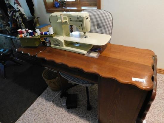 Bernina 730 Record Sewing machine