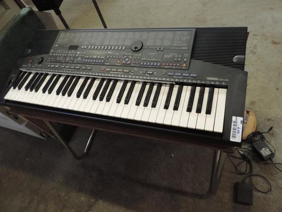 Yamaha Portatone PSR-510 keyboard.