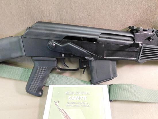 Arsenal - SAM 7R AK-47