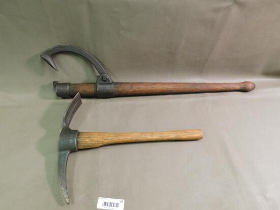 Warren Log peavy and Diamond Calk entrenching tool