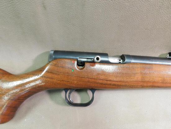 Thompson Center Thunderhawk muzzle loader rifle