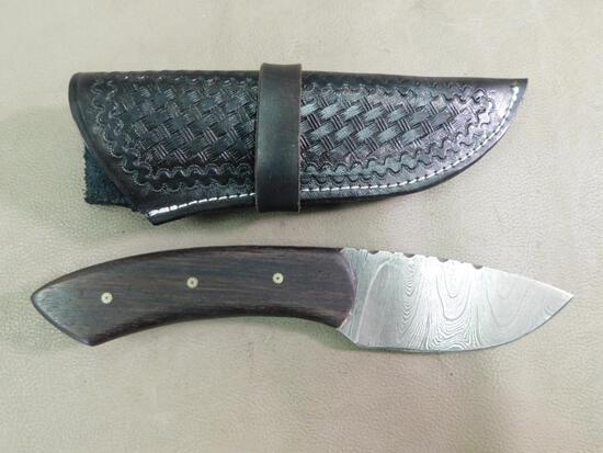 Wolf Track Custom handmade Damascus hunting knife