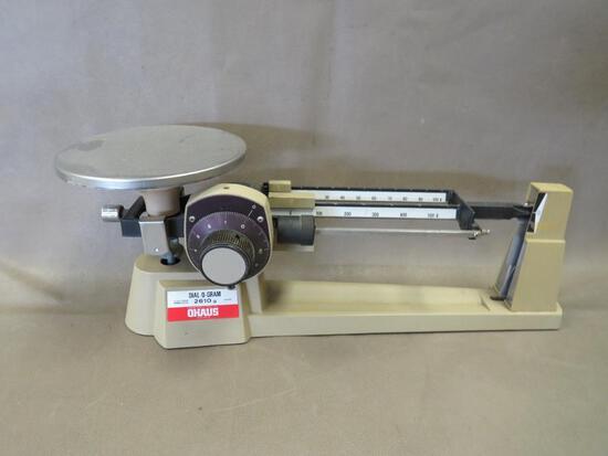 Ohaus 2610 Beam Scale