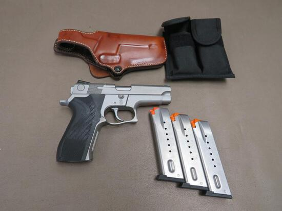 Smith & Wesson - 5926