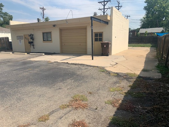 1644 Collyer St - Real Estate Auction