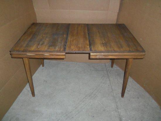 WOOD TABLE W/(1) LEAF