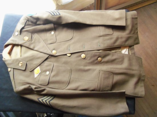 VINTAGE ARMY DRESS UNIFORM