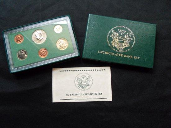 """1997 "" UNCIRCULATED BANK COIN SET"