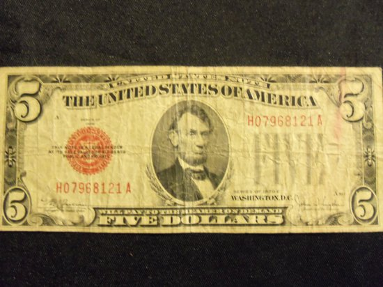 1928 E    $5 BILL