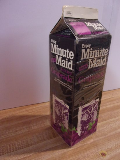 """MINUTE MAID "" GRAPEADE JUICE BOX PHONE"