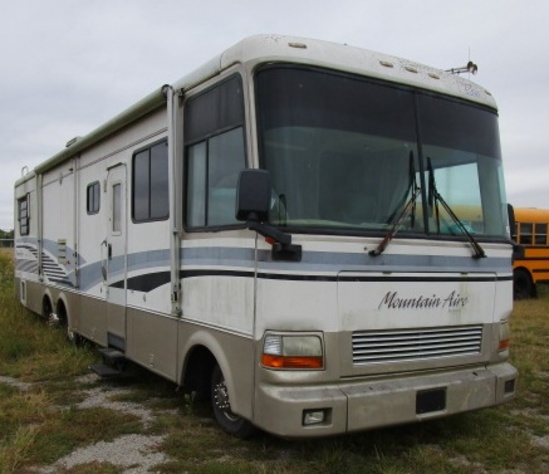1996 Ford Mountain Aire  Motor Home