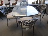 Patio Table and 4 Chairs Cast Aluminum