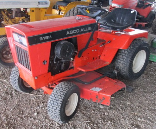 Agco Allis 912 with 918 Hood Lawn Tractor