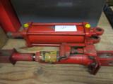 Cross Hyd Cylinder and Hydraulic Jack