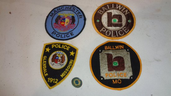 POLICE DEPT. PATCHES AND PIN