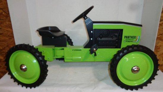 Case IH STEIGER PANTHER PTA 297 Pedal Tractor