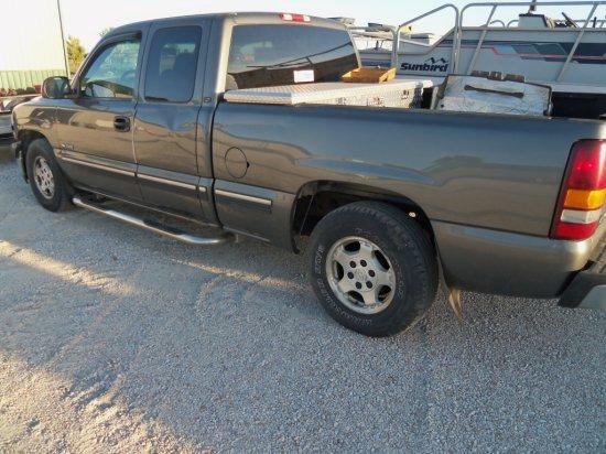2002 CHEVROLET EXTND CAB 1500