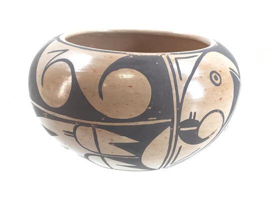 Vintage Artist Signed Hopi Clay Pot