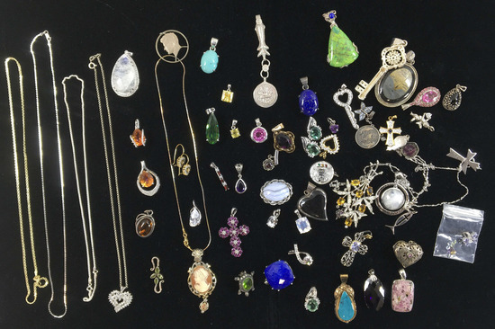 Assorted Sterling Brooches, Pendants & Necklaces