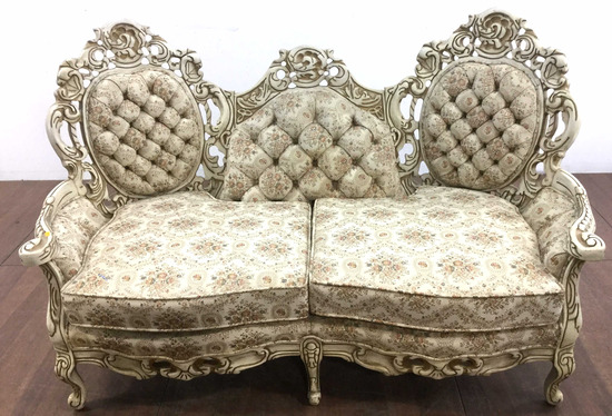 Kingsley Furniture Co. Victorian Style Loveseat